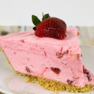 Strawberry Chiffon Pie Dessert No Bake Recipes - It Is a Keeper