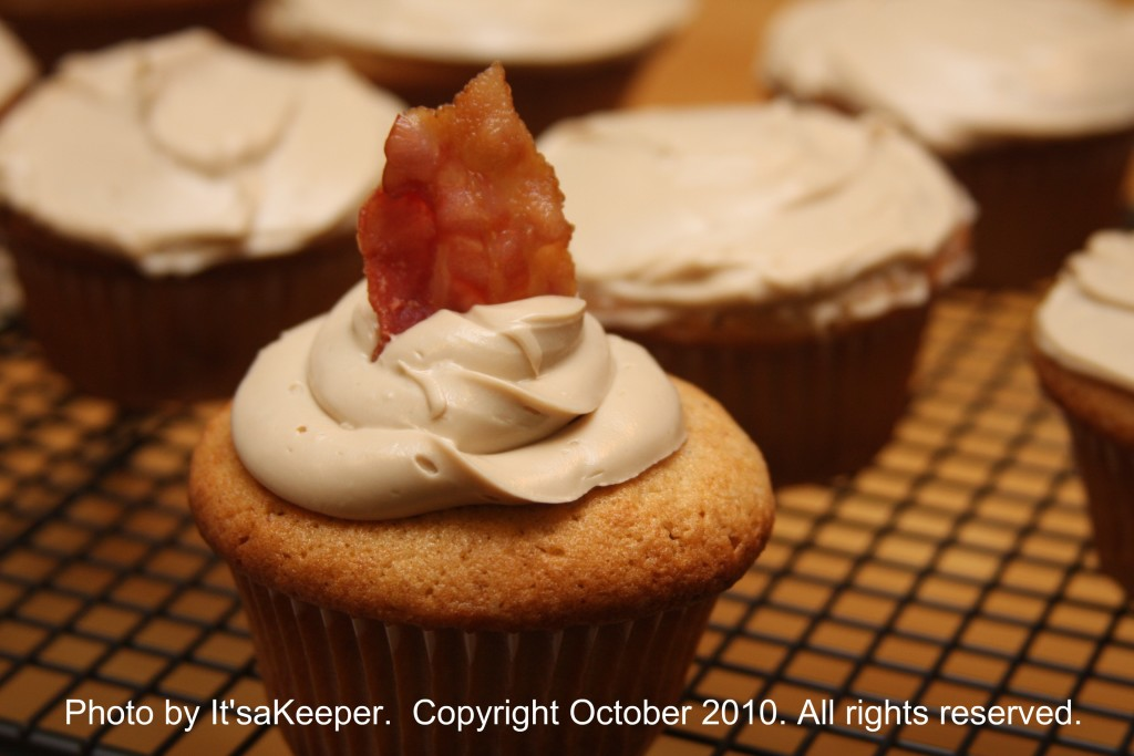 French Toast Cupcakes with Maple Cream Cheese Frosting