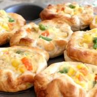 Easy Chicken Pot Pie Puffs