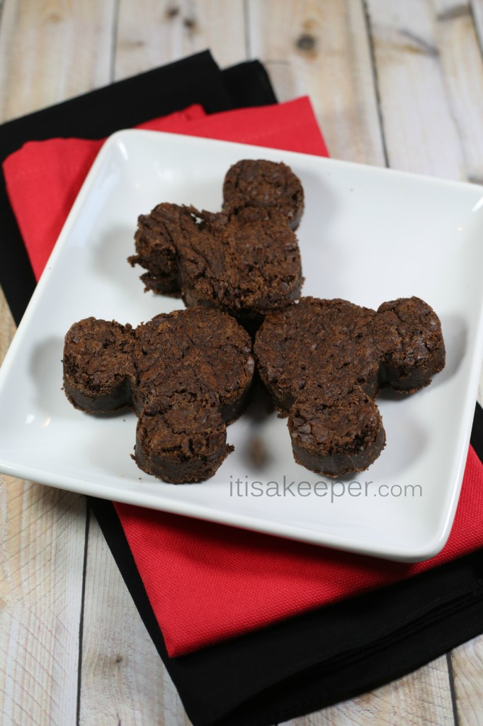 Sinfully Delicious Outrageous Brownies from It's a Keeper