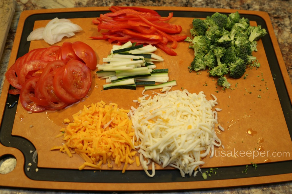 Healthy Pizza Dough Recipe: Three Cheese Veggie Pizza from www.itisakeeper.com