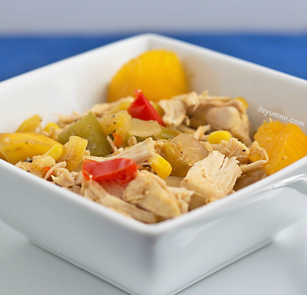 No oven needed! Sweet 'n spicy slow cooker mango chicken from ItsYummi.com {guest post on ItsAKeeper.com}