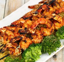 Grilled Sticky Shrimp - It's a Keeper FEAT