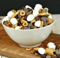 S'mores Snack Mix 1024x985 EDITED