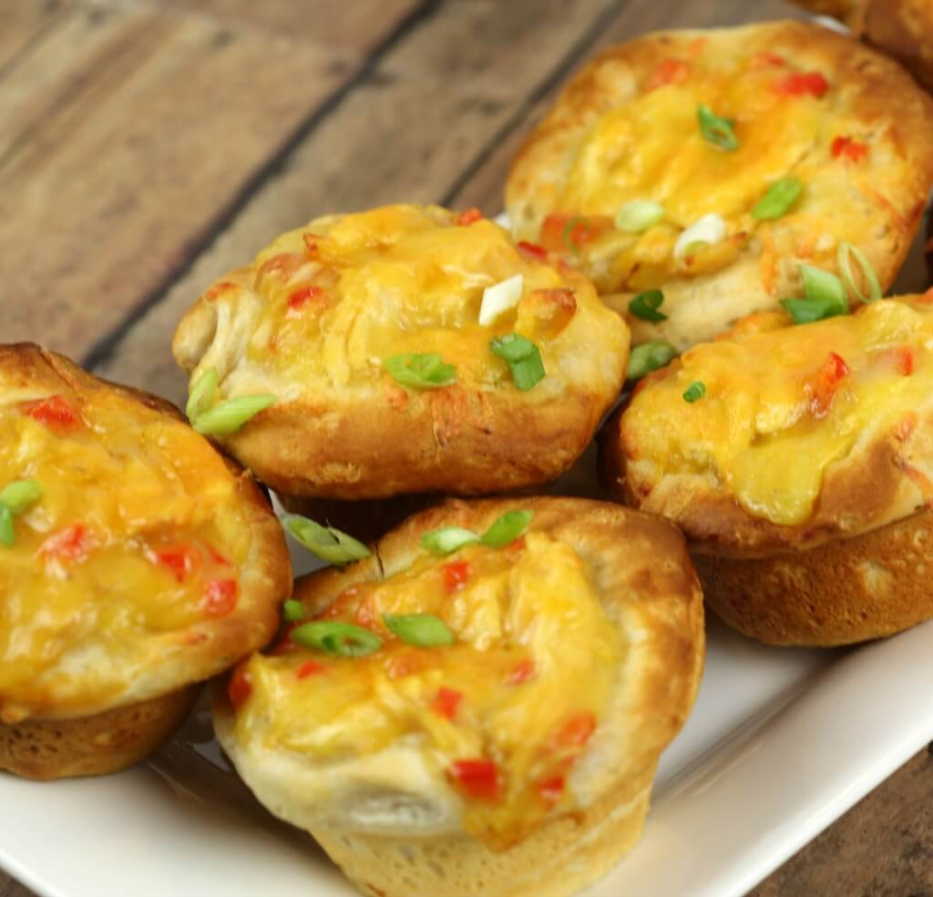 Tex Mex Chicken Pot Pie Puffs - this easy 30 minute recipe is always a crowd pleaser