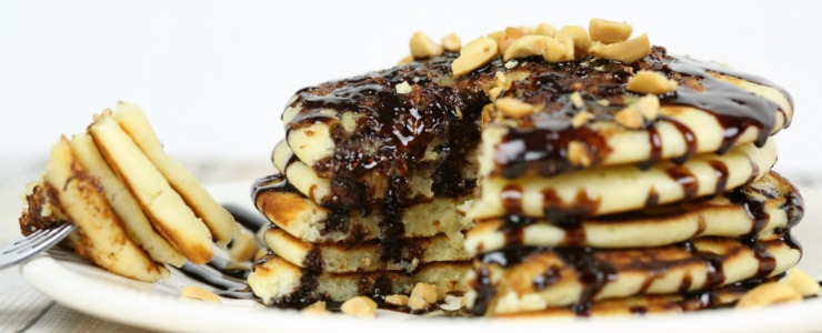 Snickers Pancakes