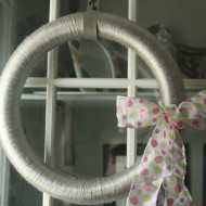 Yarn Wrapped Wreath FEATURED - It is a Keeper