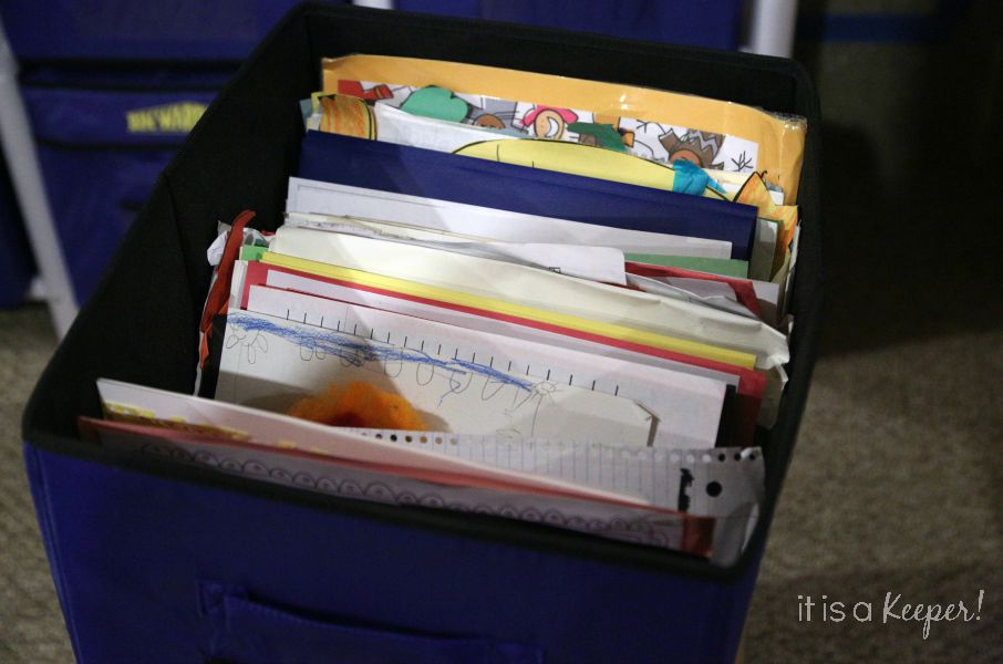 A fool proof way to keep school work organized with FREE printables C1