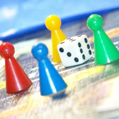 5 Tips for Hosting Game Night