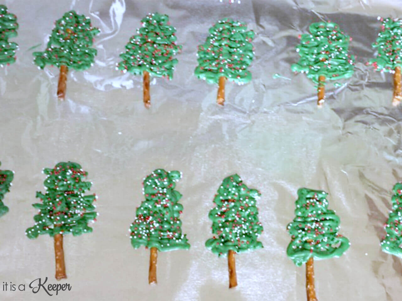 Christmas Tree Cupcakes – an easy and fun Christmas dessert