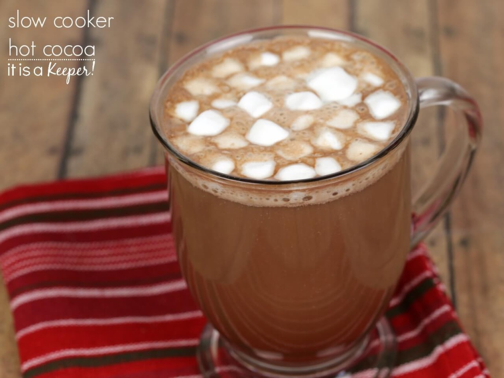 Slow Cooker Hot Cocoa – this hot chocolate is one of my favorite easy crock pot recipes