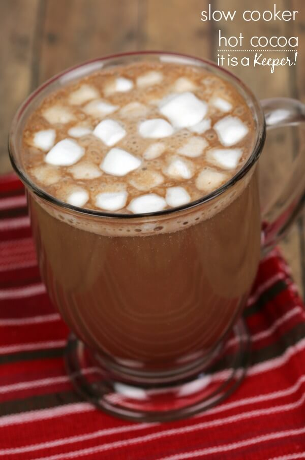 Slow Cooker Hot Cocoa – this hot chocolate is one of my favorite ...