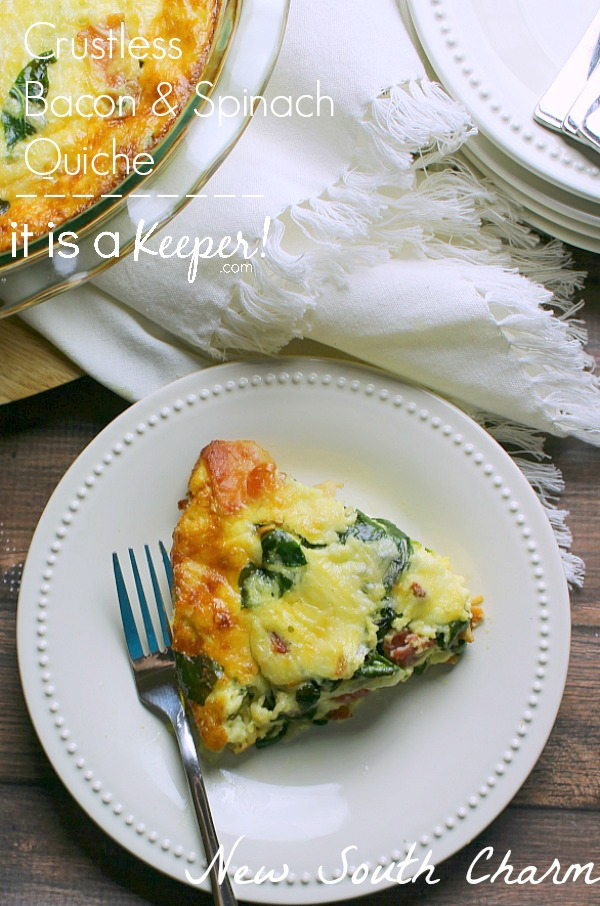 Crustless Bacon and Spinach Quiche - this recipe is perfect for breakfast, brunch or dinner