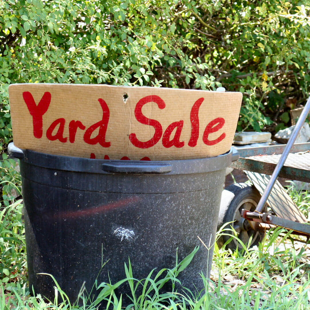 Secrets to a Successful Garage Sale - get all of my best tips for making the most from a yard sale