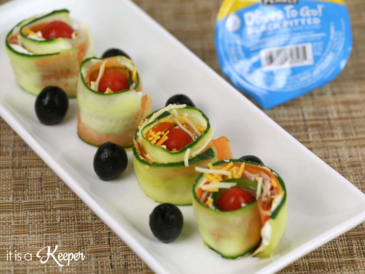 Ham and Veggie Sushi Rolls - these fun sushi inspired rolls are a fun lunchbox idea