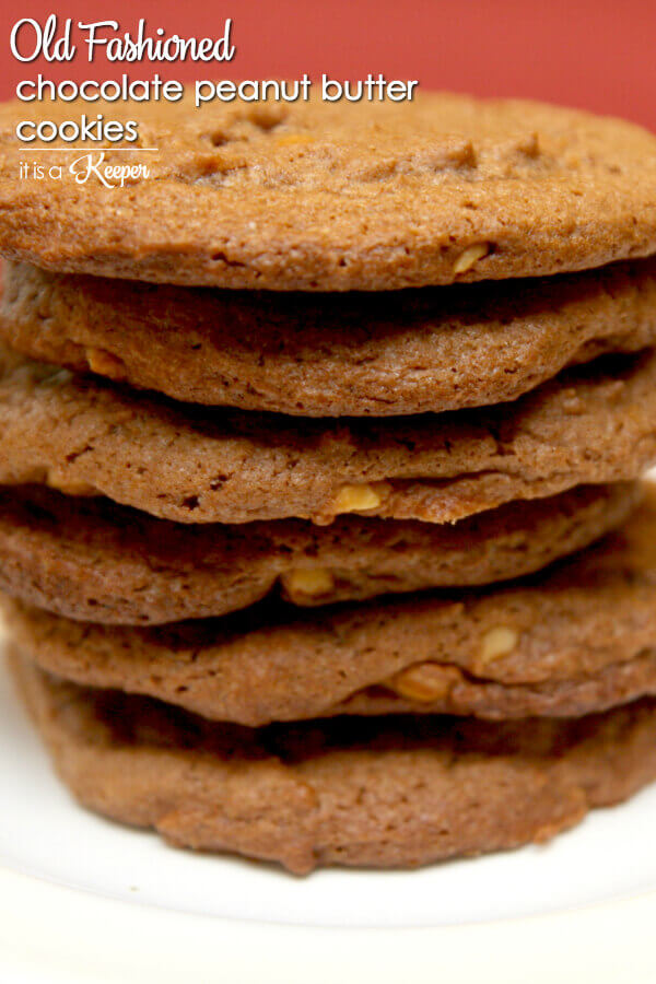 Chocolate Peanut Butter Cookies - this old fashioned cookie recipe is a classic