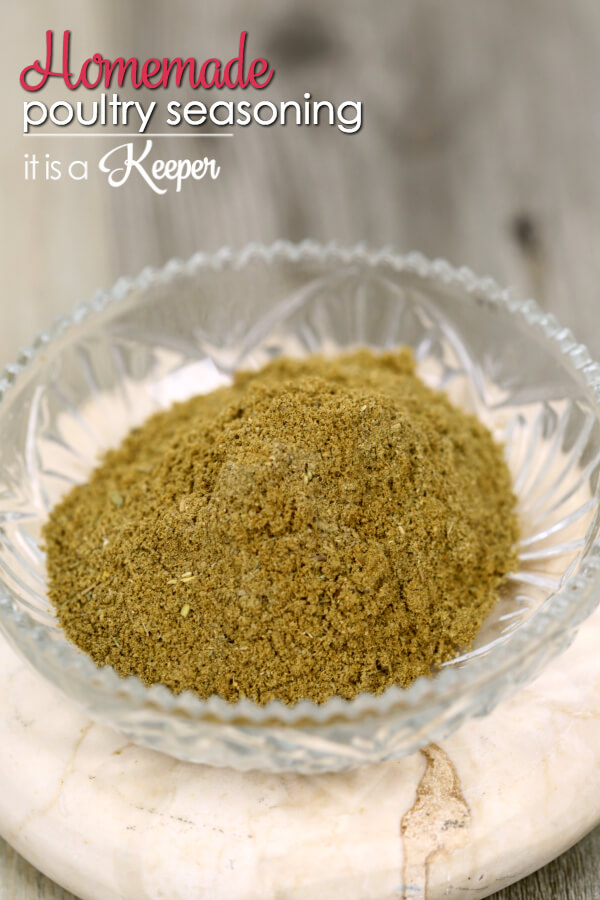 Homemade Poultry Seasoning - this easy homemade seasoning blend recipe tastes so much better than the stuff you buy at that store