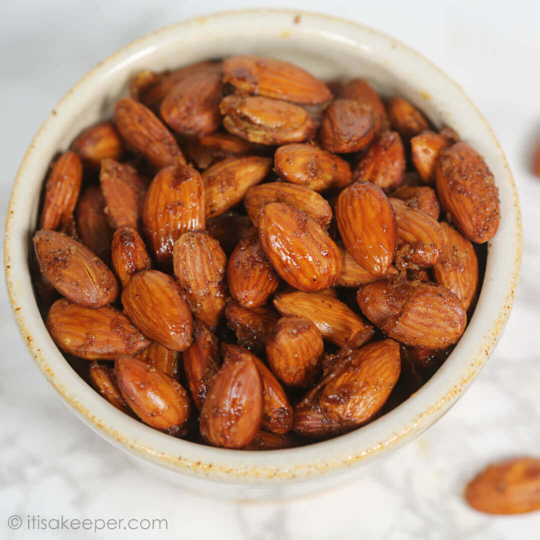 Chocolate Chili Roasted Almonds - this easy snack recipe is ready in less than 20 minutes