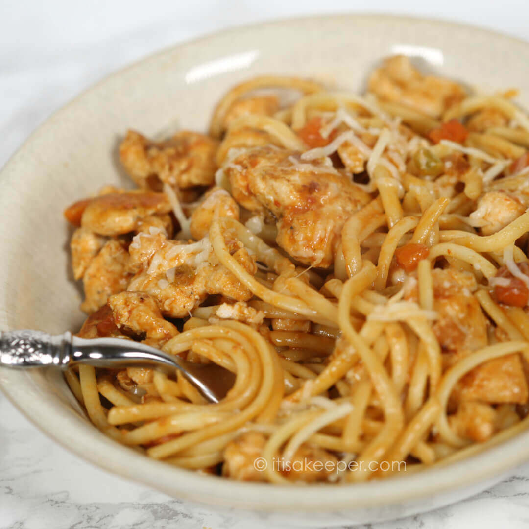 Secrets to Successful Meal Planning - Chicken Linguine in Tomato Cream Sauce