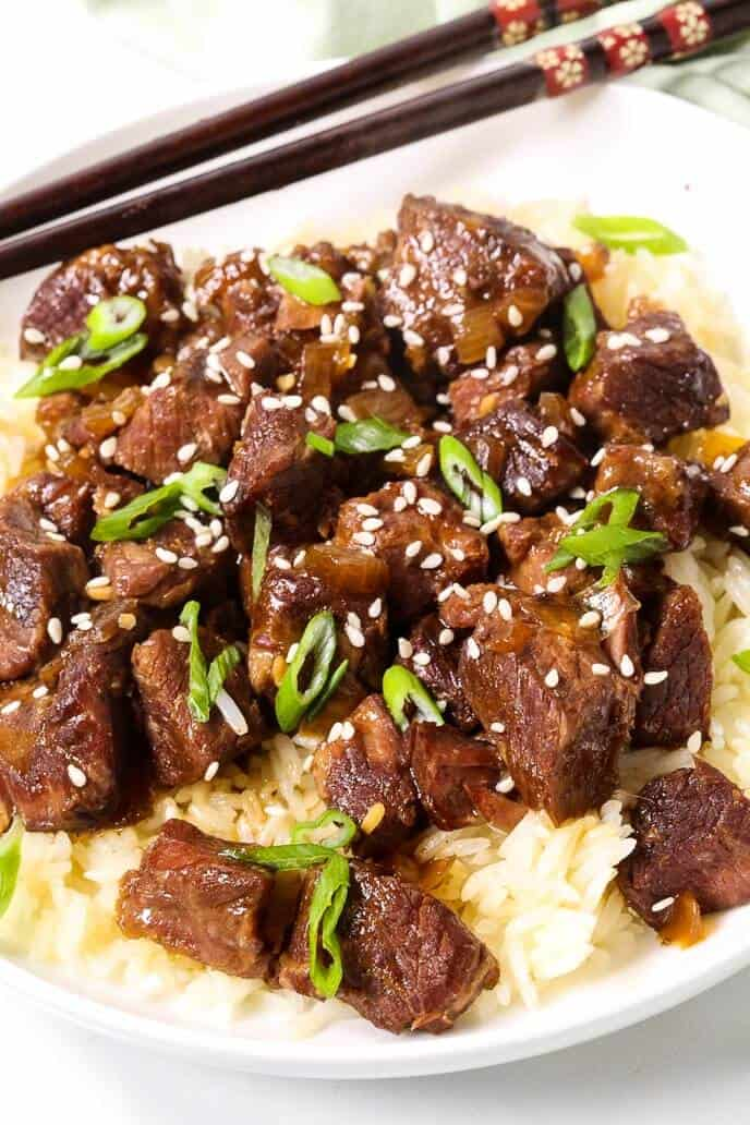 White Dish with Korean Beef with Chop Sticks