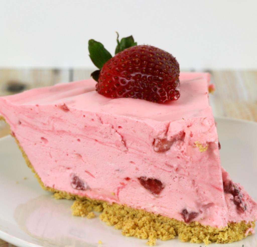 No Bake Strawberry Dessert Recipe: Strawberry Chiffon Pie Dessert: No Bake Recipes