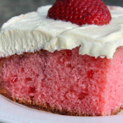 Summer Strawberry Cake
