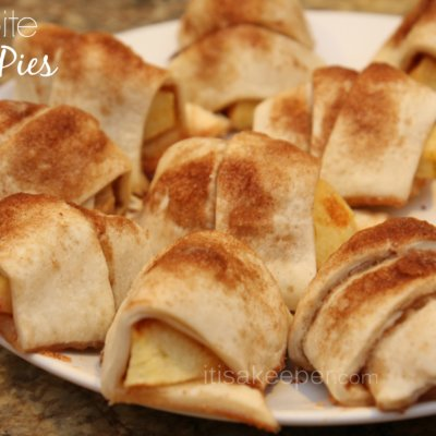 Quick Desserts: Two Bite Apple Pies