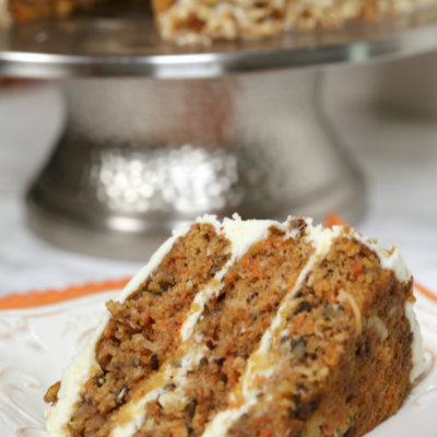 Homemade Carrot Cake Recipe - this is the BEST carrot cake I have ever tried