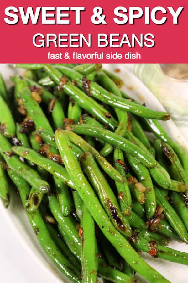 These Sweet and Spicy Skillet Green Beans are one of my favorite easy side dishes.  They're easy enough for weeknights, yet fancy enough for holiday meals.  #itisakeeper #recipe #recipes #greenbeans #skilletrecipe #20minuterecipe #sidedish #easysidedish #vegetable #veggieside #easyrecipe #quickrecipe