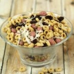 Easy Snack Ideas Strawberry Raisin Snack Mix - It's a Keeper
