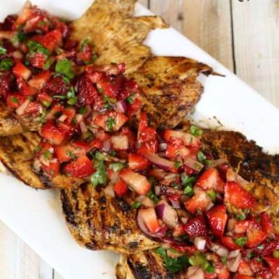 Balsamic Chicken & Strawberry Salsa