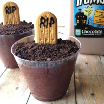 Graveyard Pudding Snacks