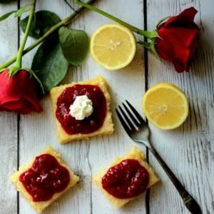 LemonBarsWithBerrySauce-FEAT-It-Is-a-Keeper
