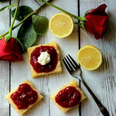 Lemon Bars With Berry Sauce