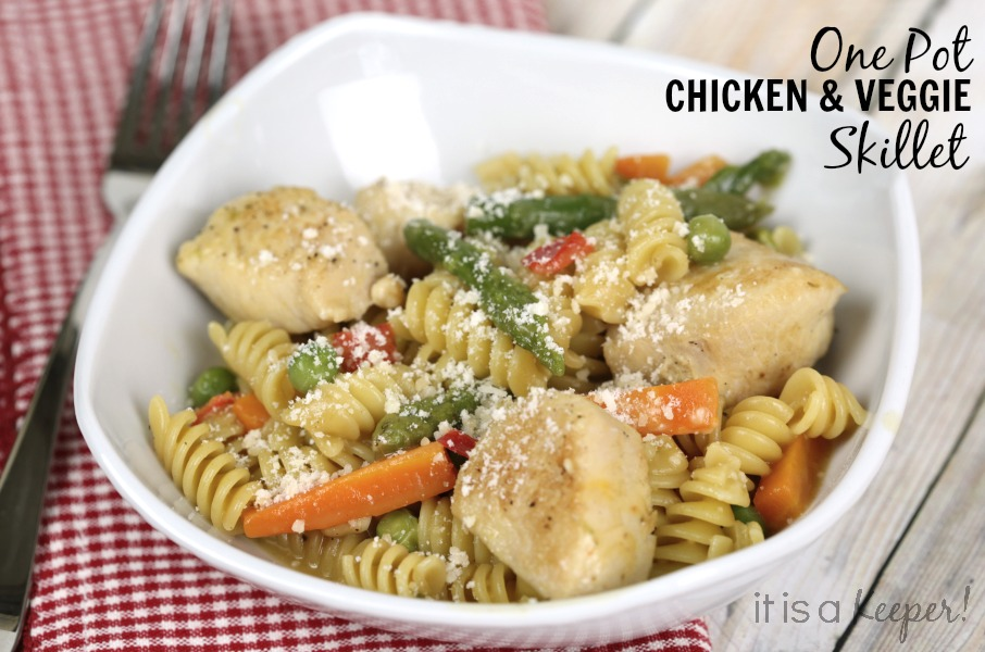 Dinner Recipes Quick Easy Meals One Pot Chicken Veggie Skillet - It is a Keeper
