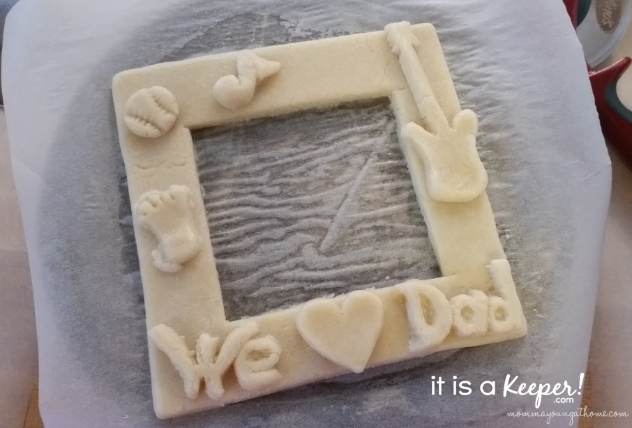 Homemade Dough Art Father's Day Frame 5