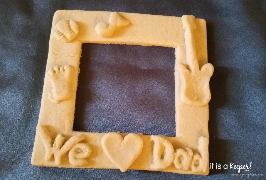 Homemade Dough Art Father's Day Frame 6