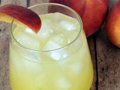 Summer Peach Spritzer