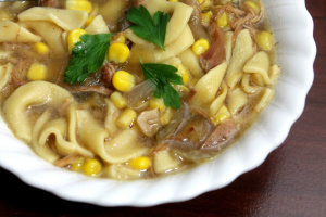 Slow-Cooker-Chicken-Noodle-Soup-2