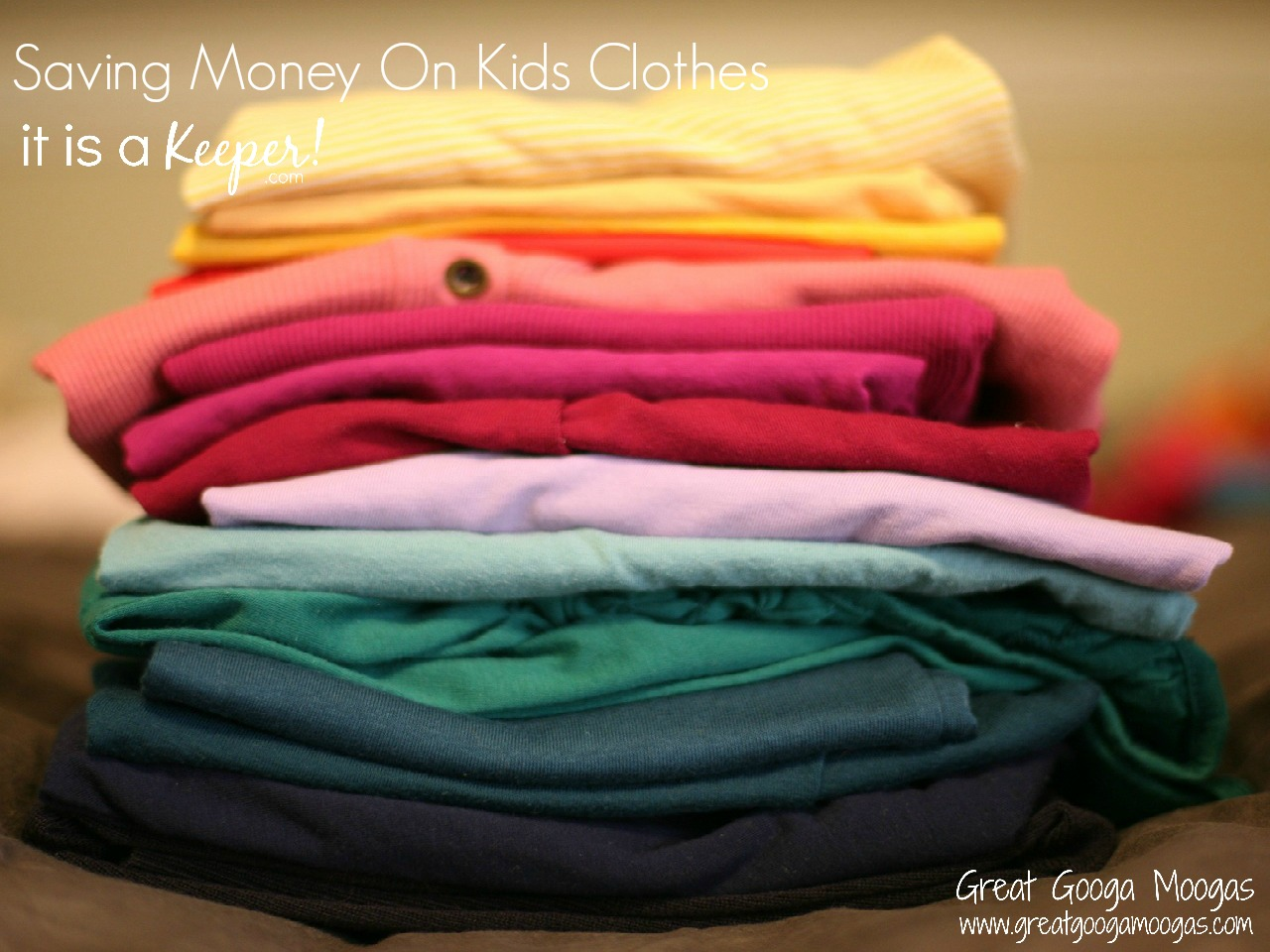 Saving Money on Kids Clothes - these tips provide some easy ways to save money