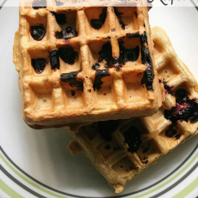 Vanilla Waffles with Blackberries