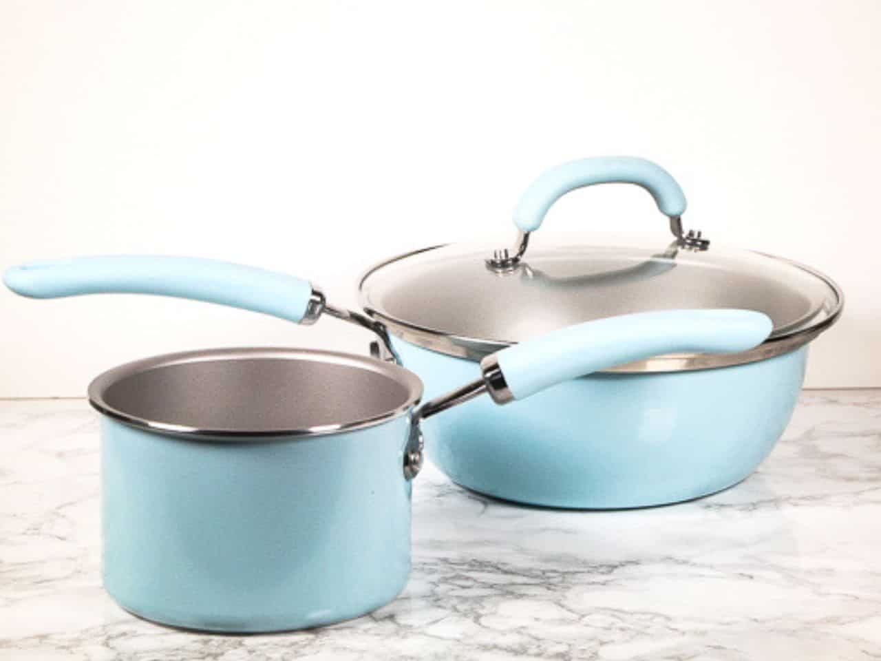 Rachel Ray Create Delicious blue pans