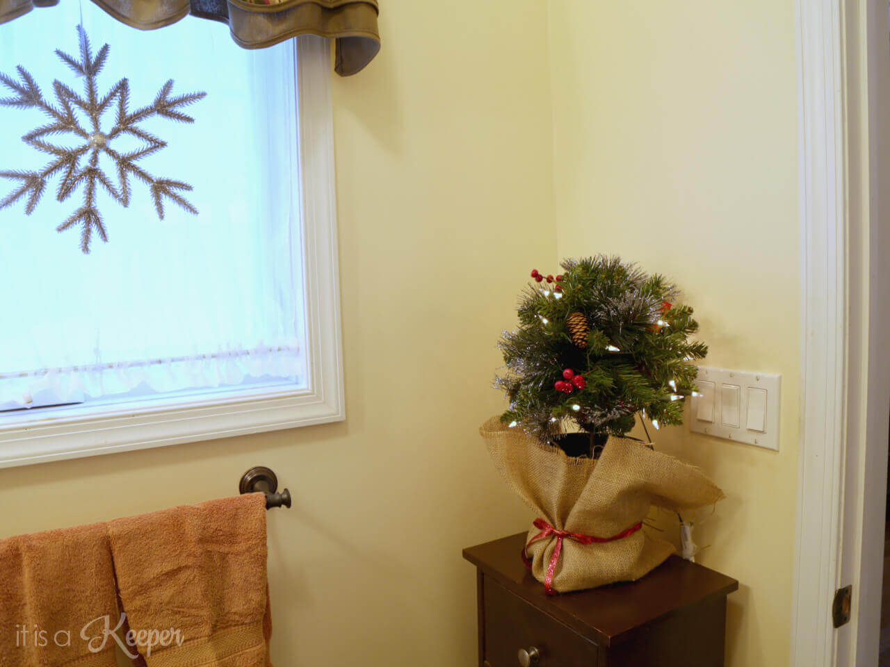 Cozy Christmas Decorating Ideas for the Whole House