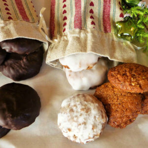 How to hold a stress free cookie swap party