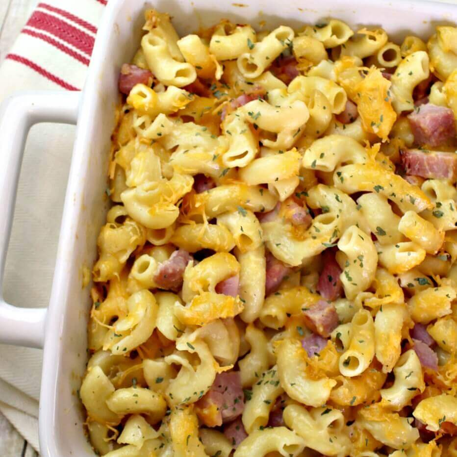 Baked Mac & Cheese with Ham - this easy casserole recipe is a family favorite