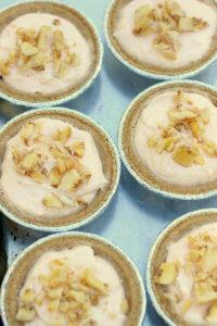 No Bake Banana Cheesecake - This easy homemade no bake cheesecake is luscious and super simple