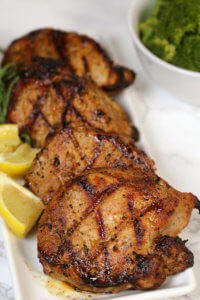 The Best Grilled Pork Chops Recipes - this easy grilled pork chops marinade is super easy to make and packed with a lot of flavor