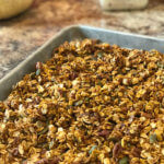 Pumpkin Spice Granola - this easy homemade granola recipe is perfect for fall
