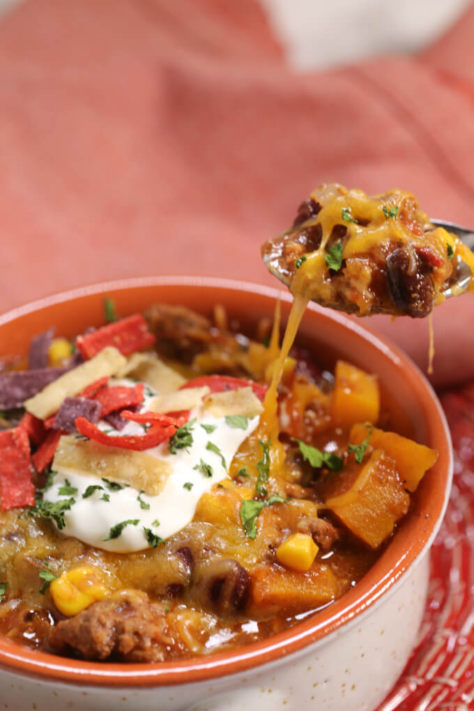 This Almost Famous Chili is one of the world best chili recipe ever. It's thick, hearty and loaded with goodness.