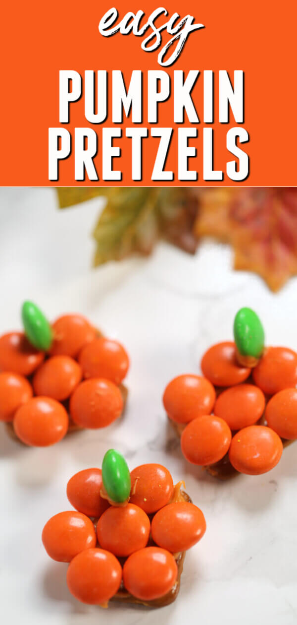These Chocolate Covered Pretzels Pumpkins are the perfect Halloween party food. They're quick and easy to make and oh, so cute!#itisakeeper #recipe #recipes #easyrecipe #quickrecipe #dessert #easydessert #halloween #pumpkin #Halloweensnacks #halloweentreats #chocolate #pretzels #easysnack